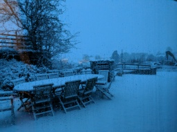 The snow at 9am on the morning of the wedding